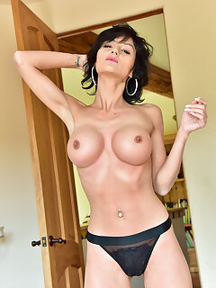 Cougar Panty Pictures