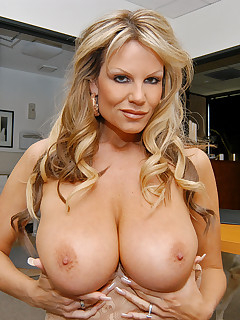 Cougar Blonde Pictures