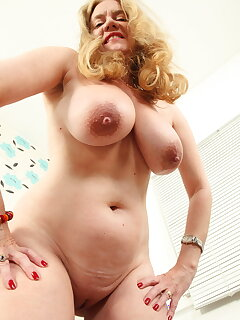 Cougar Nipple Pictures